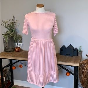 Piper Street Pink Ribbed Short Sleeve dress Medium